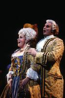 Ruth Ann Swenson as Manon, Cesar Ulloa as Guillot de Morfontaine