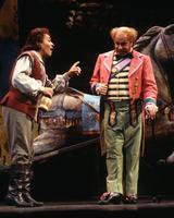 Vinson Cole as Nemorino, Thomas Hammons as Doctor Dulcamara. Cast 1