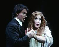 Misha Didyk as Alfredo, Susan Patterson as Violetta