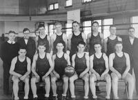 A portrait of the Freshmen Basketball team from Detroit Junior College.