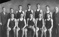 Won 12, Lost 6. Back Row: N.H. Ertell (Ass't Coach), A. Summars (Ass't Manager), Sadoews, R. Gunn, J. Gunn, Schecter. Front Row: Evans, Bortle, O. Robbins (Captain), Linck, VanFleet, D.L. Holmes (Coach).