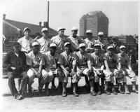 1945 Baseball team portrait.