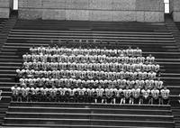 1999 football team portrait.