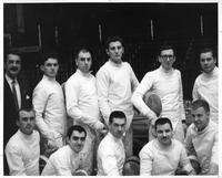 A portrait of the 1960-1961 fencing team.