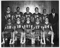 Portrait 1961-1962 Freshmen basketball team.