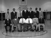 1999 basketball team portrait.