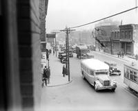 Streets; Gratiot . Before widening 1930. East from Randolph.