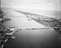 Florida; Cities; Palm Beach and West Palm Beach. - Airphoto