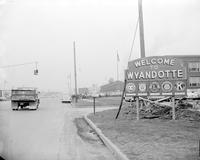 Michigan; Cities; Wyandotte; Streets; Biddle Avenue.
