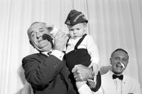 Johnson, Lyndon B. ; United States President. In Detroit. With Grandson (Patrick Lyndon Nugent) and daughter Luci (Mrs. Pat Nugent)