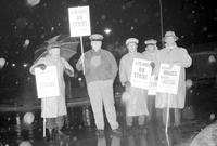 Strikes; Postal Workers; Detroit Area. -Pickets at Dearborn Post Office.