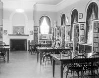 Michigan; Cities; Hartland. Library interior.