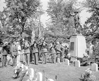 Parades; Memorial Day; Detroit. -Veterans of Foreign Wars Memorial Service. -Roseland Cemetery
