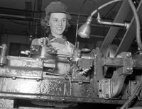 Wars; World; # 2; Detroit; Women; Industry.--At Chrysler DeSoto. Helen Kovalkowsky and Josephine Bereza.