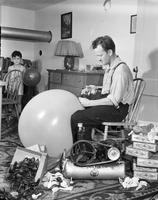 Toys, Balloons