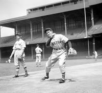 Auker, Elden; Baseball; Action . In Boston Uniform.