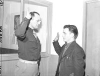Army; Conscription; Detroit. -negro inductees leaving for camp. -inductees from board #23. -Pat Garringan, last recruit sworn in at induction center. 6 - 4x5