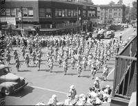 Wars; World; # 2; Canada; Army; Women. -Major General Jean Knox; English Army. -CWAC's (The Army Show) Parading Woodward Avenue