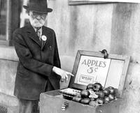 Unemployment; Detroit; Apple Vendors
