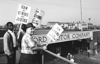 Ford Motor Co. ; Employees; Strikes. UAW Local 600 at City Gate 4, Rouge Plant.