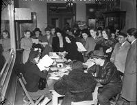 Wars; World; # 2; Detroit; Registration (Civilian). -Italians Registering for Civilian Defense