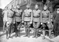 Wars; World; # 1; Parades; Red Arrow; 32nd Division. -Officers. -Return to Detroit. -Lieutenant Niblock, Captain E. M. Connor, Captain Edward Heckel, Lieutenant Colonel Milton Hinkey & Captain Frank H. Mis