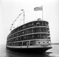 Steamships; Tadoussac