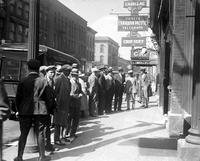 Prohibition; Canada; People buying & carrying booze .